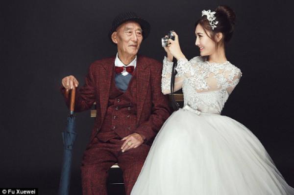 Cô gái đã được ông nội chăm sóc sau khi bố mẹ ly hôn năm 10 tuổi. Đến 18 tuổi, Fu đi du học ở Thuỵ S
