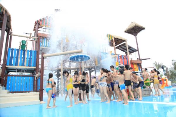 12-tro-choi-doc-dao-tai-cong-vien-nuoc-typhoon-water-park-2