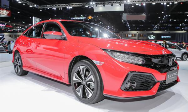 Honda Civic Red - chiếc hatchback thể thao