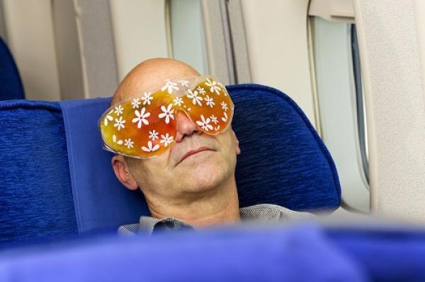 Ánh sáng là một trong những yếu tố ảnh hưởng đến chất lượng giấc ngủ. Ảnh:KLM.