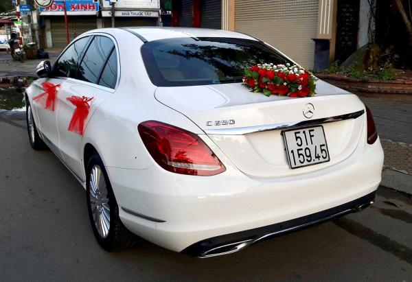 Thuê xe hoa Mercedes Biên Hoà