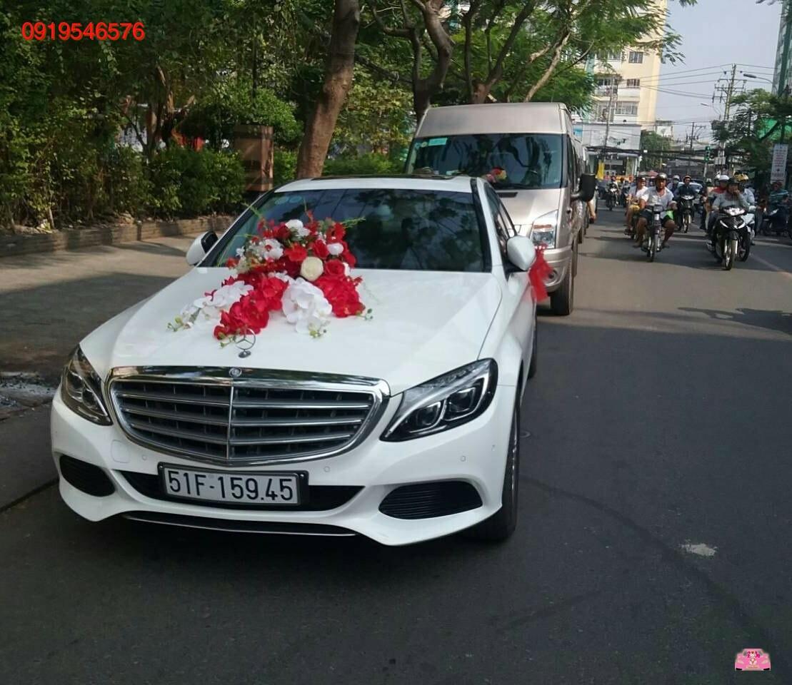 Xe hoa cưới mercedes c250 ex